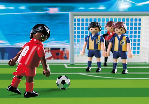 terrain de football avec 6 joueurs les joueurs ont une fonction de tir le terrain peut se plier en deux et se transformer en mallette transportable