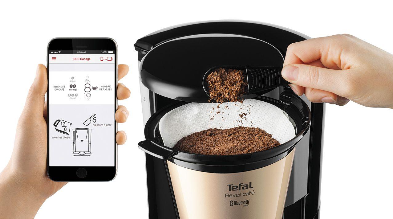 cafeti re tefal cafetiere reveil cafe connectee cm450800. Black Bedroom Furniture Sets. Home Design Ideas