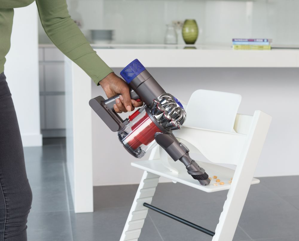 aspirateur balai dyson v6 total clean achat vente aspirateur balai cdiscount. Black Bedroom Furniture Sets. Home Design Ideas