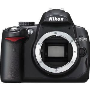 APPAREIL PHOTO RÉFLEX Nikon D5000 boitier seul*