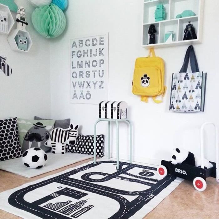 tapis de jeu circuit voiture de course pr b b enfant. Black Bedroom Furniture Sets. Home Design Ideas