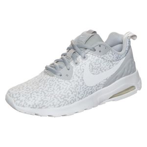 chaussures femmes nike air max cage
