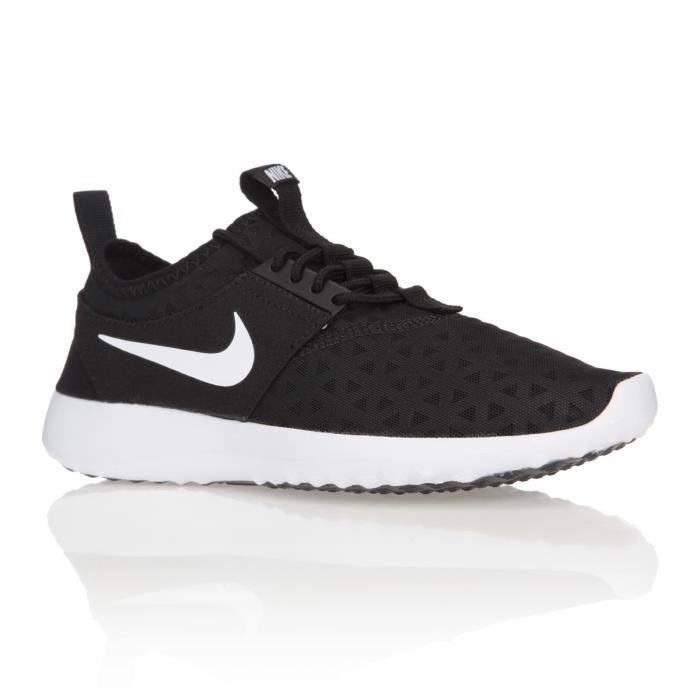 nike baskets wmns juvenate chaussures femme femme noir et blanc achat vente nike baskets. Black Bedroom Furniture Sets. Home Design Ideas