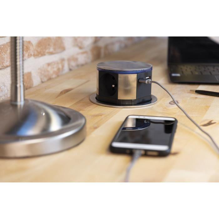 OTIO Bloc multiprise encastrable compact LED 3 prises 16A 2P+T & 2x USB Finition Inox