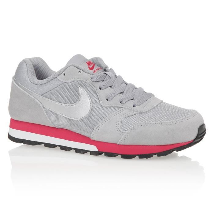 the latest 45a94 0df19 ... Nike MD RUNNER 2 sneakers femme noir-blanc ...