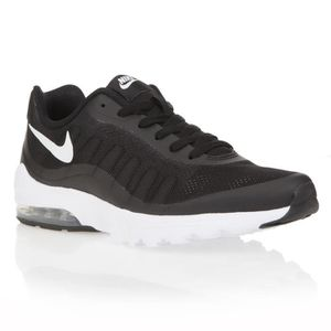 the best attitude 6cbcf 425d4 BASKET NIKE Baskets Air Max Invigor - Homme - Noir et bla ...