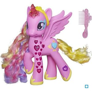 FIGURINE - PERSONNAGE MY LITTLE PONY Princesse Cadence coeurs lumineux 1