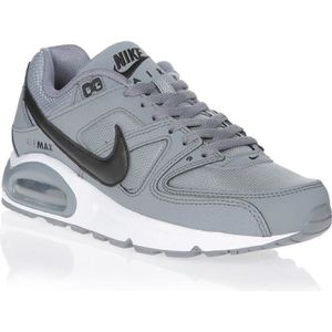 BASKET NIKE Baskets Air Max Command Gris et Blanc Homme