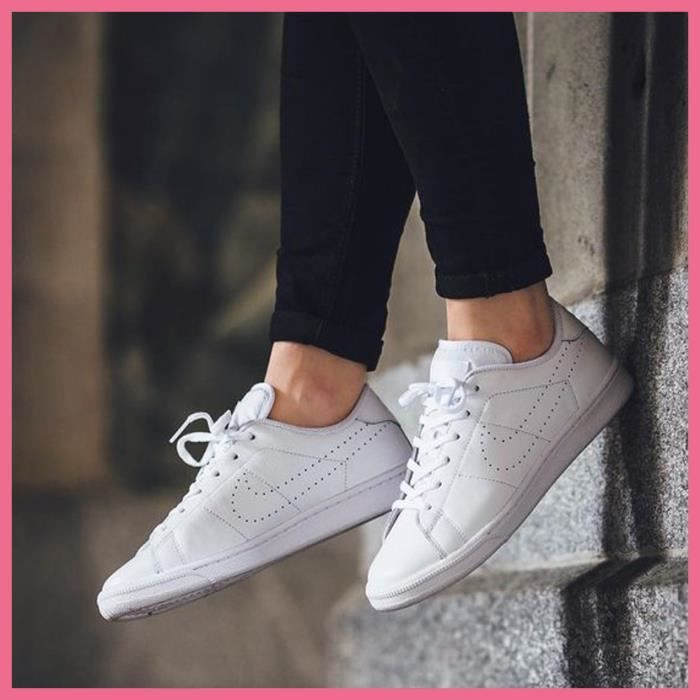 brand new 91146 c1439 Baskets Nike Tennis Classic Premium Blanches. 834123-100.