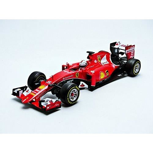 burago voiture de collection 1 18 ferrari 2016 formule 1 sf15t achat vente voiture camion. Black Bedroom Furniture Sets. Home Design Ideas