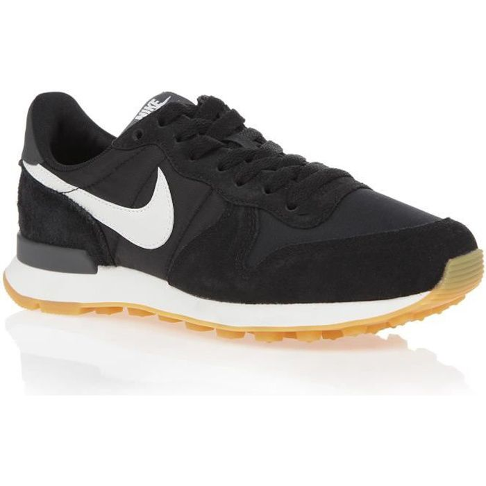 nike internationalist noire