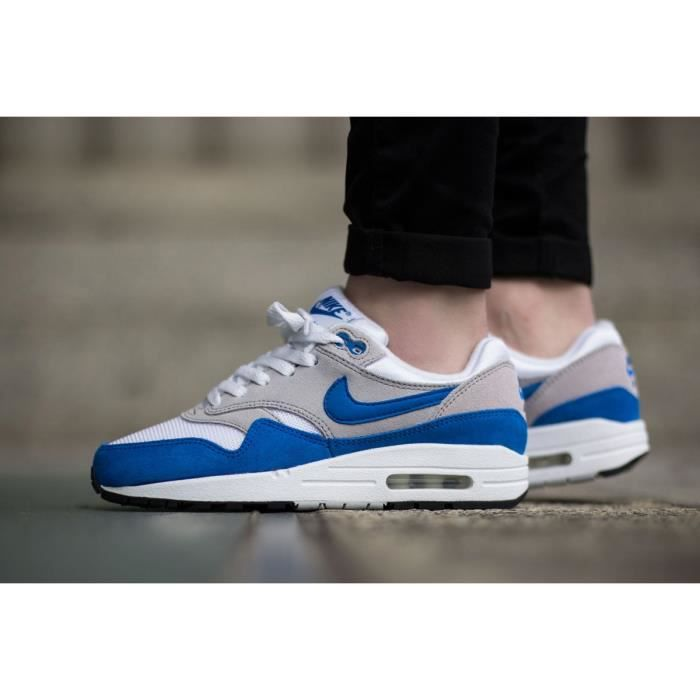 finest selection a846f 4ff2e BASKET Baskets Nike Air Max 1 GS. 555766-147.