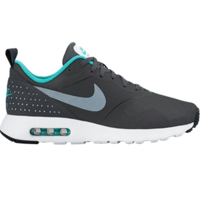 nike baskets air max tavas chaussures homme homme gris et turquoise achat vente nike baskets. Black Bedroom Furniture Sets. Home Design Ideas