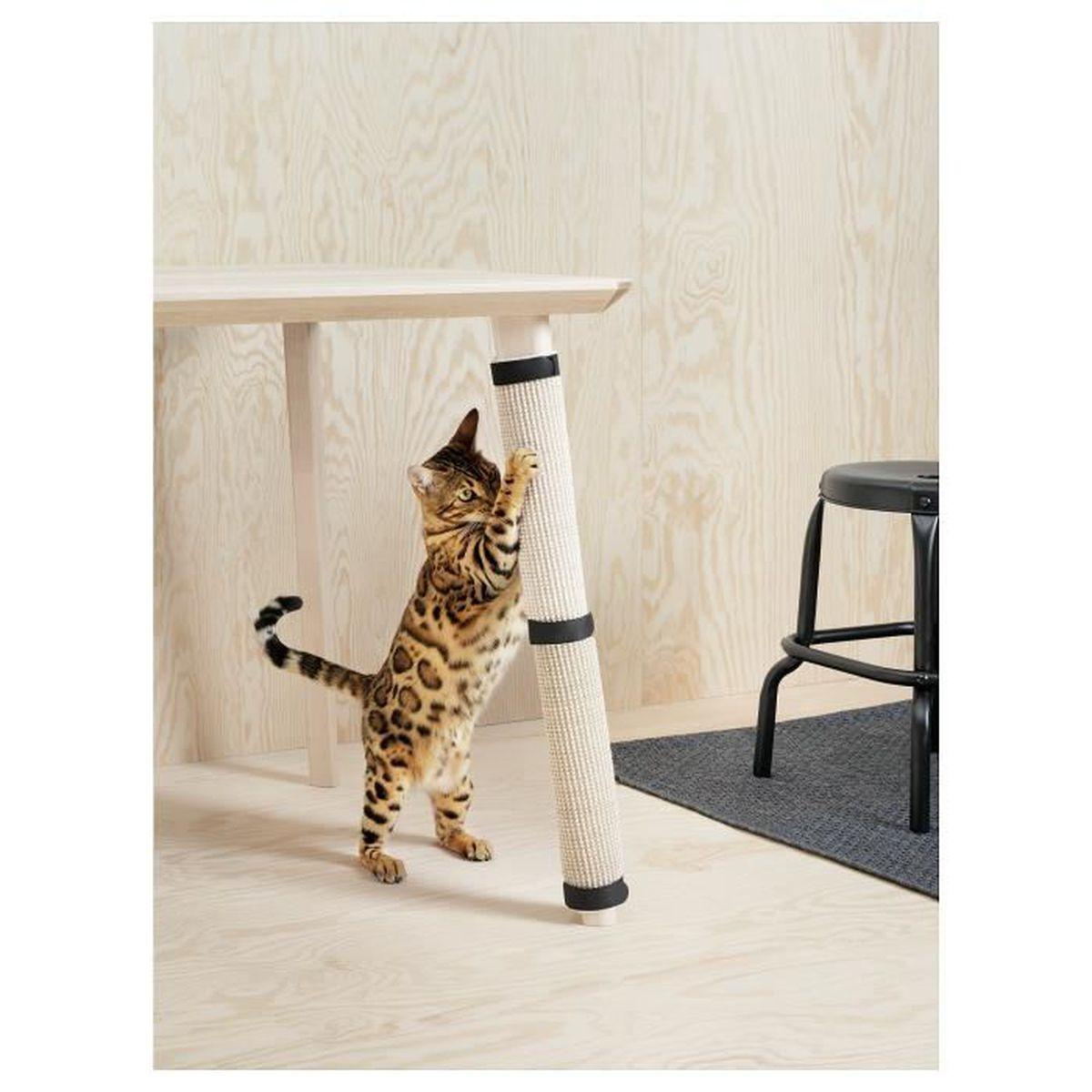 Mon Chat Dort Sur Mes Pieds griffoir pour chat transformez facilement et rapidement pied de table en  grattoir