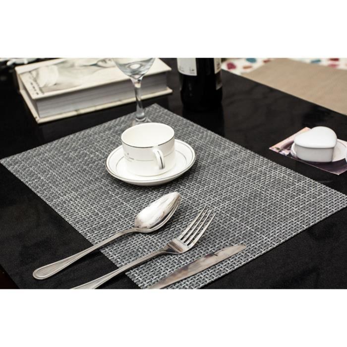 SET DE TABLE Lot de 4 Sets de Table Napperon Tressés enPVC et