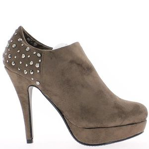 BOTTINE Bottines cloutées marron style r...