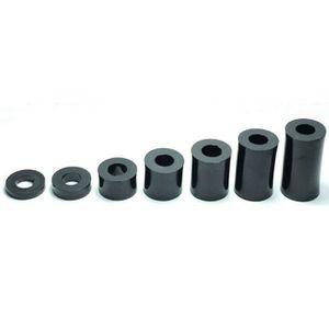 Lot de 12 entretoises en nylon noir M8 x 30 mm.