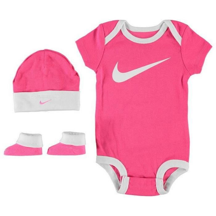 ensemble nike rose