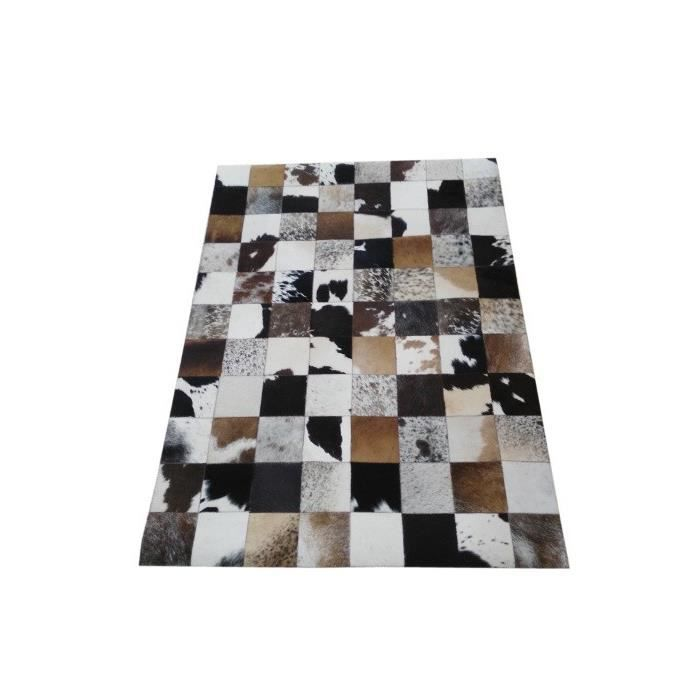 tapis peau de vache dans le style patchwork 100 naturel fabrication artisanale 120 x 180 cms. Black Bedroom Furniture Sets. Home Design Ideas