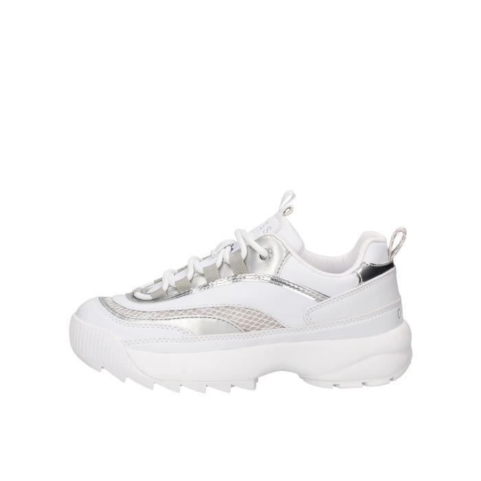 Guess FL5KAYELE12 chaussures de tennis Femme blanc