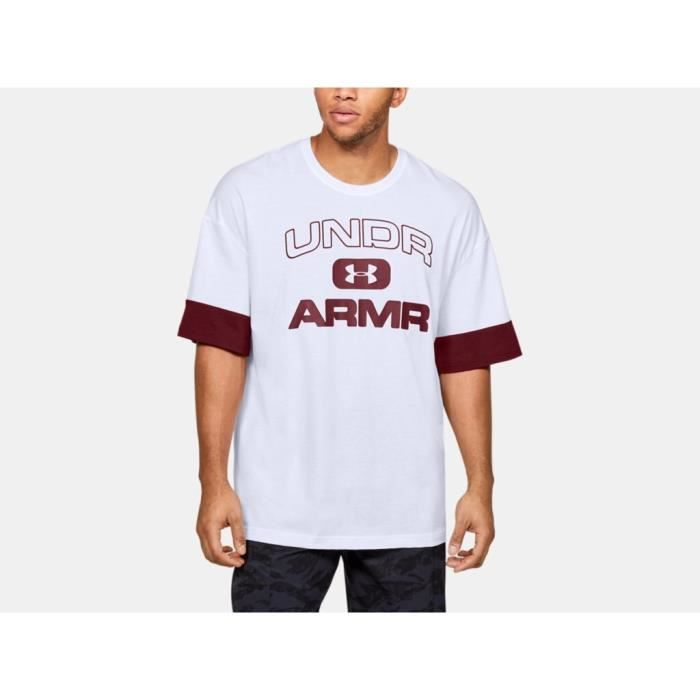 T-shirt Under Armour Moments