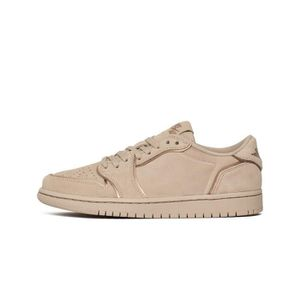 BASKET Chaussures Nike Wmns Air Jordan 1 Retro Low NS