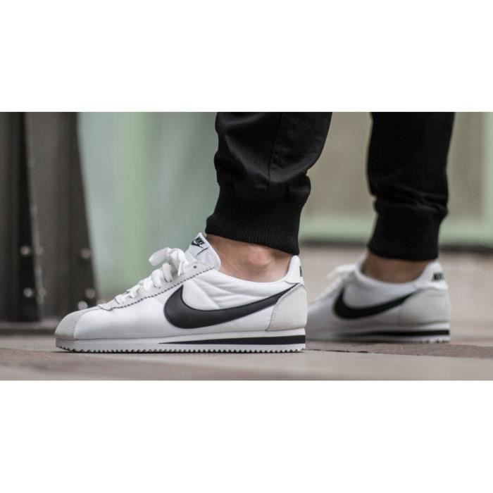 huge selection of 05dec 6e95c Baskets NIKE CORTEZ Homme, Modèle CLASSIC NYLON 807472 100 Blanc ...
