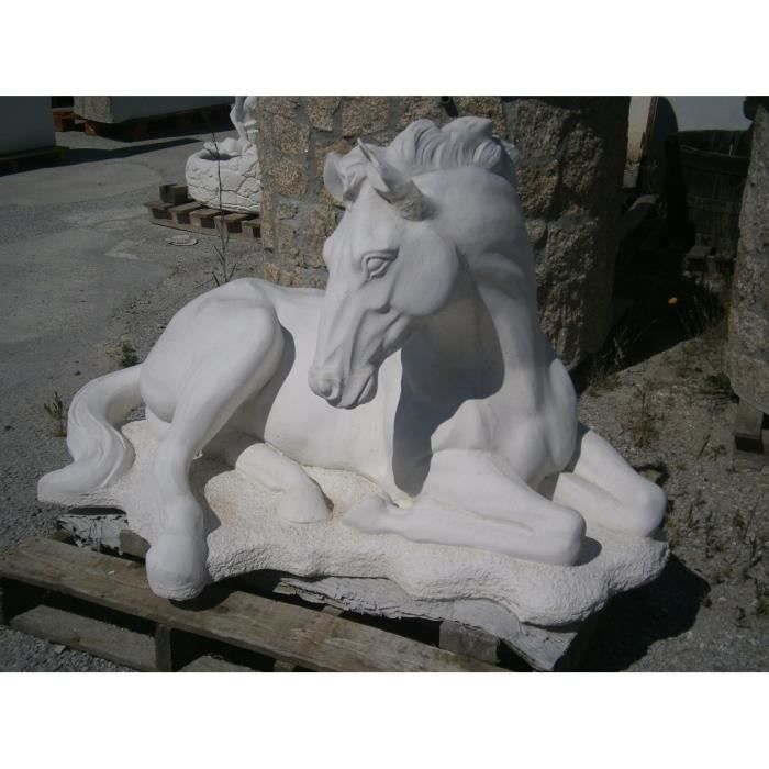 CHEVAL ASSIS