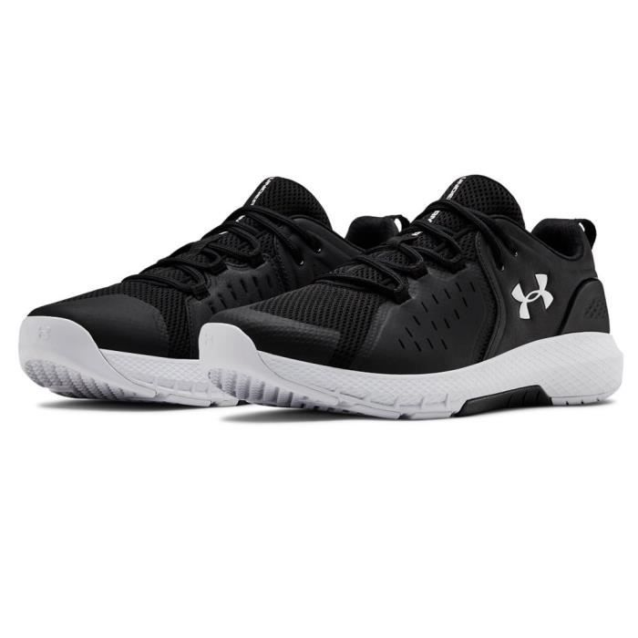 Under Armour Hommes Charged Commit TR 2 Baskets