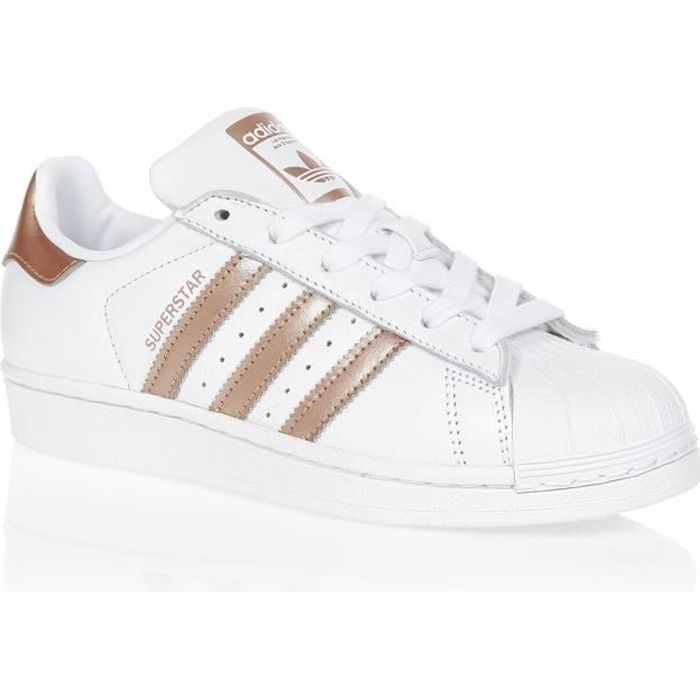 ADIDAS ORIGINALS Baskets SUPERSTAR - Femme - Blanc/Or