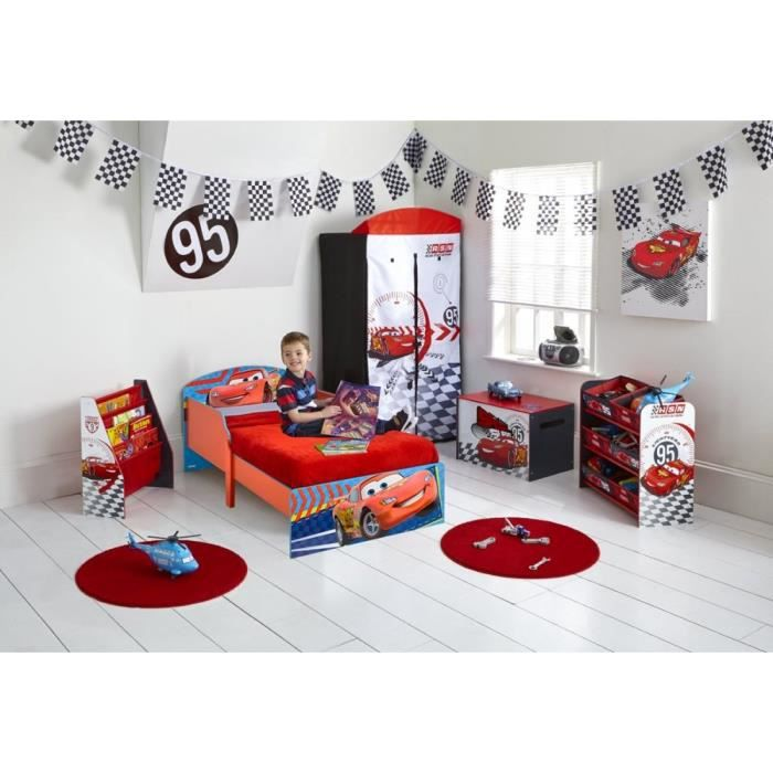 chambre cars voiture de course rouge f1 enfant disney achat vente chambre compl te b b. Black Bedroom Furniture Sets. Home Design Ideas