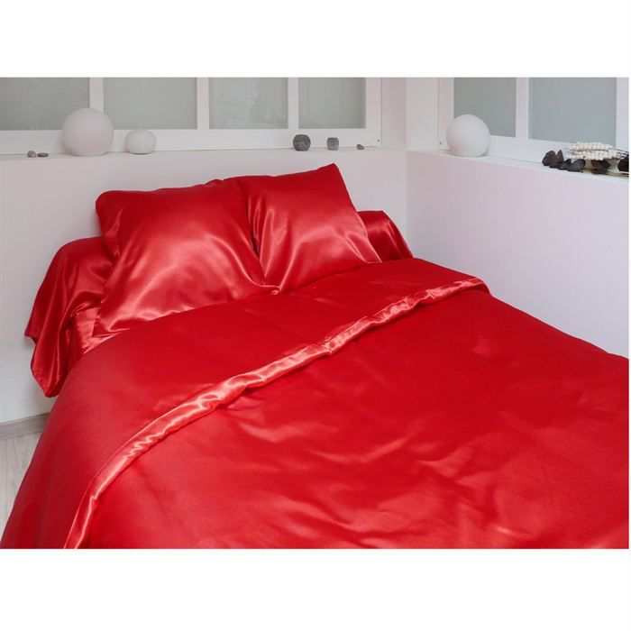 parure de couette 220x240cm satin 3 pces rouge achat vente pc 220x240 satin rouge cdiscount. Black Bedroom Furniture Sets. Home Design Ideas