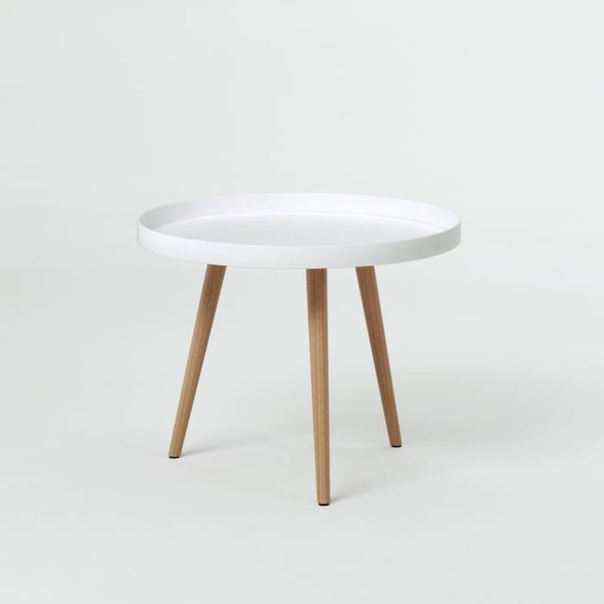 Table basse ronde bois blanc for Table basse scandinave laquee