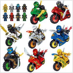 FIGURINE - PERSONNAGE 8 FIGURINES NINJAGO NINJA AVEC MOTOS ET ARMES