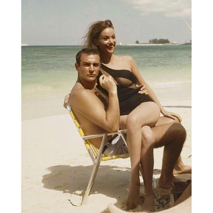 Poster Affiche Sean Connery Claudine Auger James Bond 007 Photo Vintage 42cm x 52cm