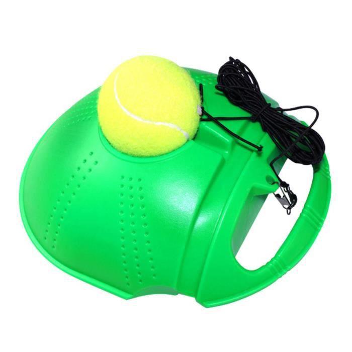 Exercice de formation de tennis exercent la boule de rebond d'etude d'individu de boule de tennis avec l'entraineur de tennis
