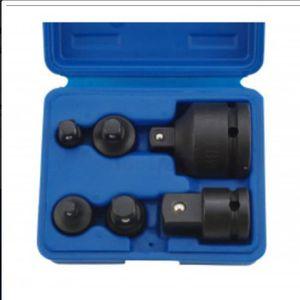 Douille expansible pour tube carré de 32 à 35 oeil de 12 mm