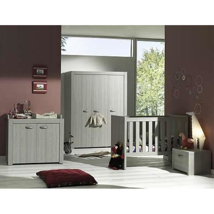 chambre coucher de bebe lit armoire langer garde robe. Black Bedroom Furniture Sets. Home Design Ideas