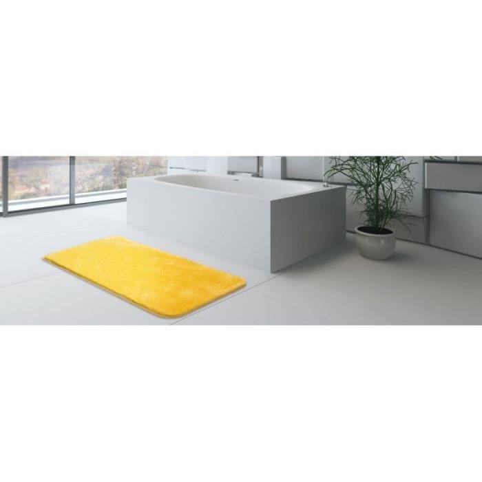 tapis de salle de bain 70 x 120 cm 100 acrylique couleur jaune achat vente tapis de bain. Black Bedroom Furniture Sets. Home Design Ideas