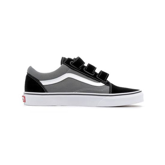 Baskets basses Vans UA Old Skool V coloris pewter black Gris