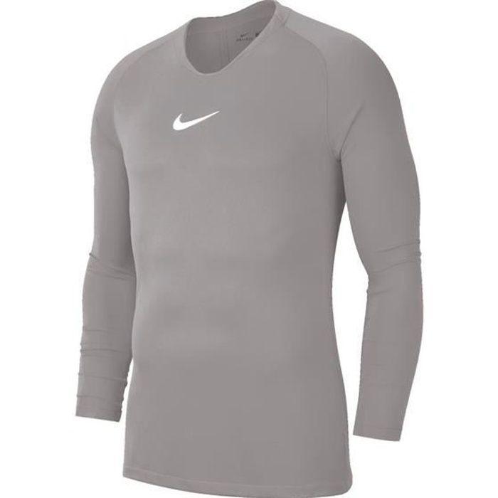 Pendant l'entraînement ou la chaleur d'un match, le maillot à manches longues Nike Park 1st Layer offre une protection