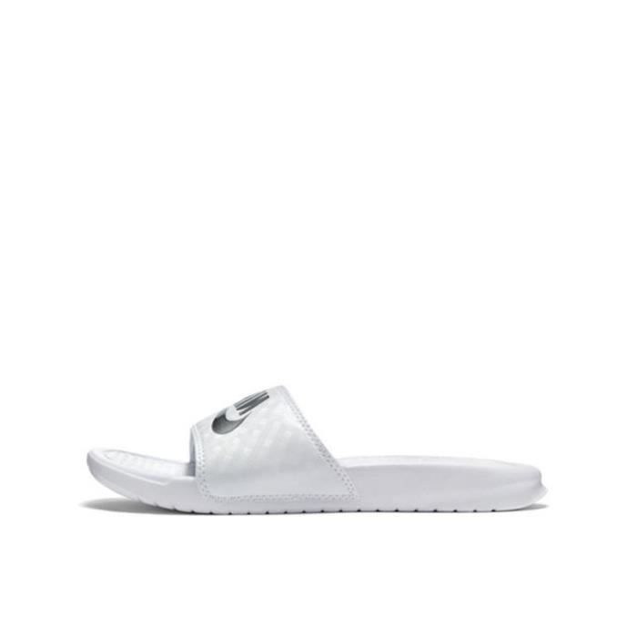 half off 9c853 eaf77 Sandale Nike Benassi Just Do It - 343881-102