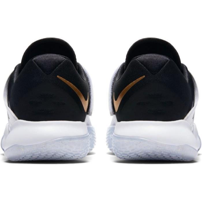 Chaussure de Basketball Nike Zoom Live 2017 blanche pour femme ...