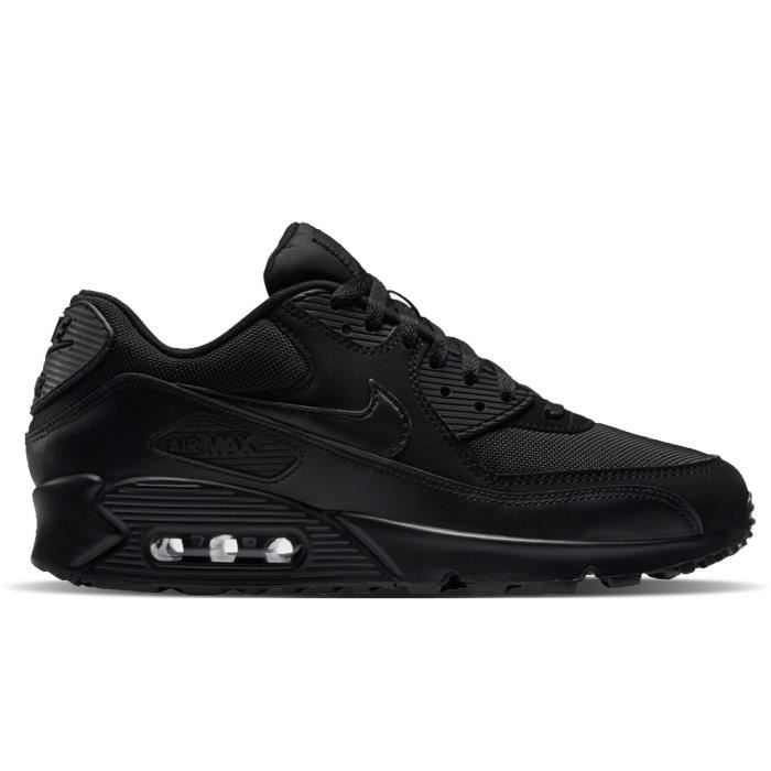 new product 3b4f8 2840e BASKET NIKE Baskets Air Max 90 Essentiel Chaussures Homme