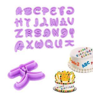 Emporte Piece Alphabet