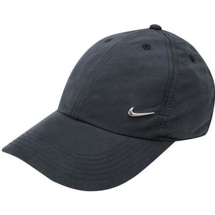 Casquette Noire Junior Nike Logo en Métal