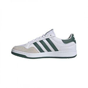 chaussures adidas en dentelle