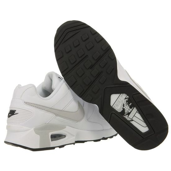 NIKE Baskets Cuir Air Max Chase Leather Homme Blanc et gris