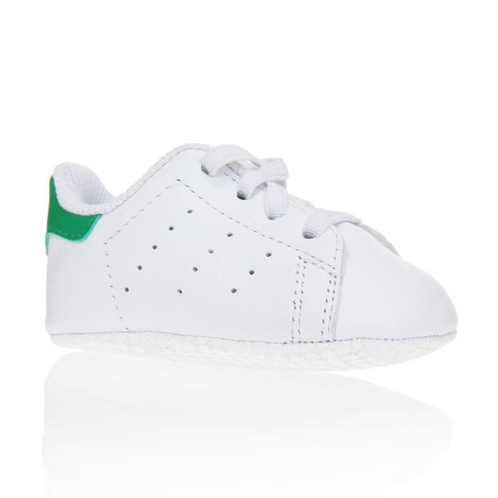 adidas originals baskets stan smith crib chaussures b b gar on blanc et vert achat vente. Black Bedroom Furniture Sets. Home Design Ideas