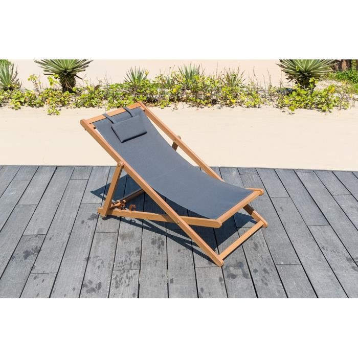 Chaise de jardin en bois exotique